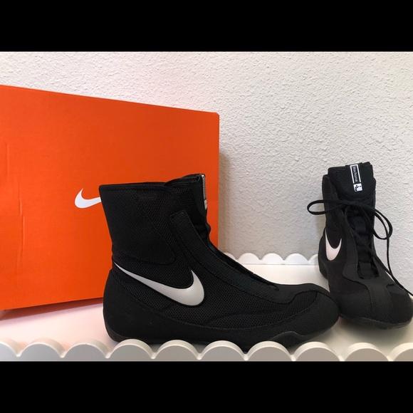 quality design efefd 58a18 Nike Machomai Mid-Black Boxing Sneakers